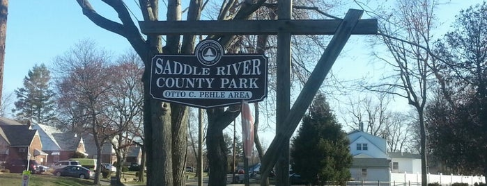 Saddle River County Park - Otto C. Pehle Area (Saddle Brook Area) is one of Tempat yang Disukai Nelly.
