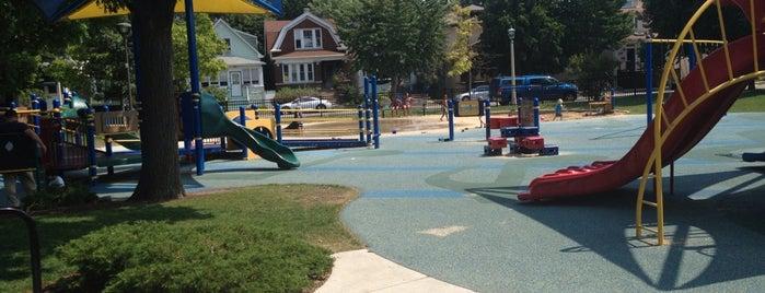 Longfellow Park is one of Family Best of Oak Park.