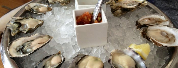 GT Fish and Oyster is one of Chicago To Do List.