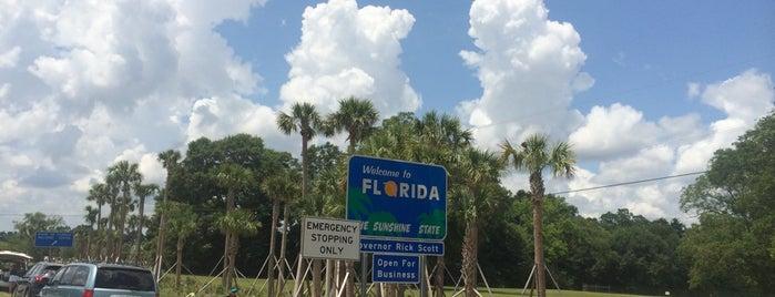 Florida State Line is one of Locais curtidos por danielle.