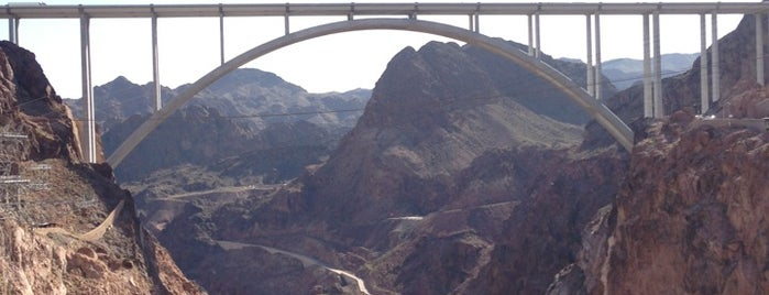 Hoover Dam is one of Lugares favoritos de Xavier.