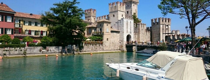 Porto di Sirmione is one of Trips / Tuscany and Lake Garda.