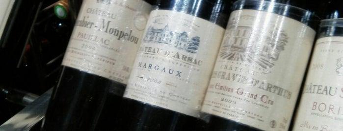 Bordeaux is one of Lieux qui ont plu à JulienF.