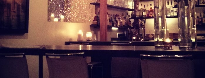 Monsieur Restaurant + Bar is one of Lieux qui ont plu à JulienF.