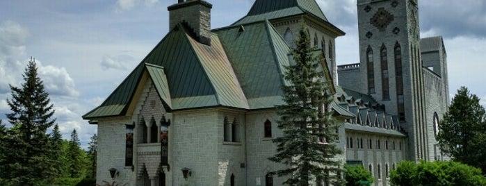 Abbaye de Saint-Benoît-du-Lac is one of สถานที่ที่ JulienF ถูกใจ.