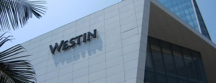 The Westin Lima Hotel & Convention Center is one of Orte, die Alicia gefallen.