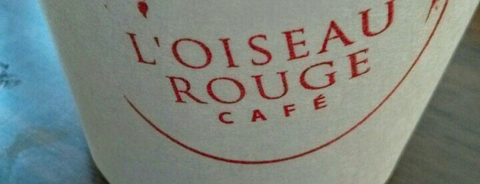 L'Oiseau Rouge / Red bird Café is one of Orte, die JulienF gefallen.