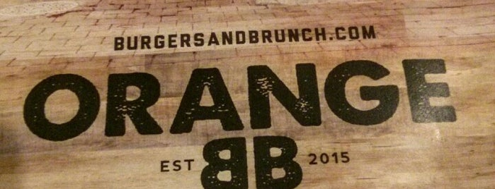 Orange Burgers & Brunch is one of Orte, die JulienF gefallen.