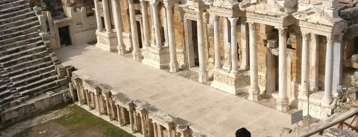 The Roman Theatre of Hierapolis is one of Antik kentler.