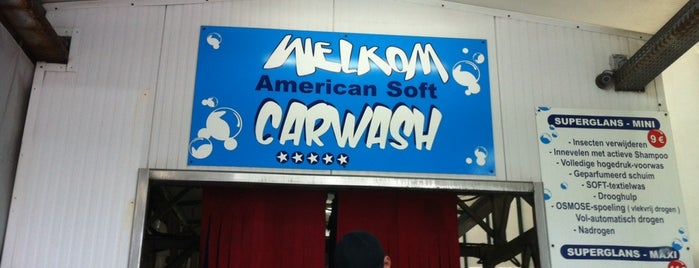 Superglans Carwash is one of Orte, die Francis gefallen.