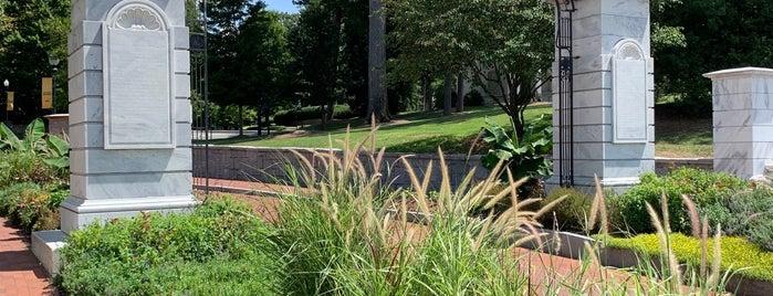 Emory University is one of Orte, die Chia gefallen.