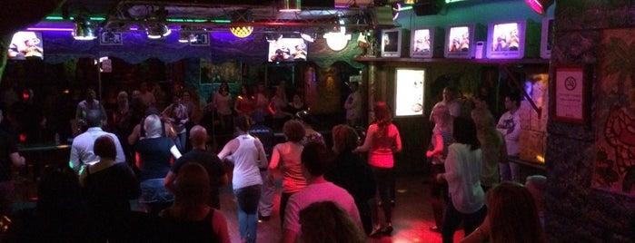 Antilla Bcn Latin Club is one of Salir... por Barcelona.