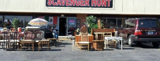 Scavenger Hunt (Flea Market) is one of Thrifting Spots in the Southeast.