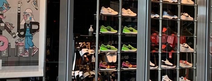 Foot Locker is one of Berlin Spandau.
