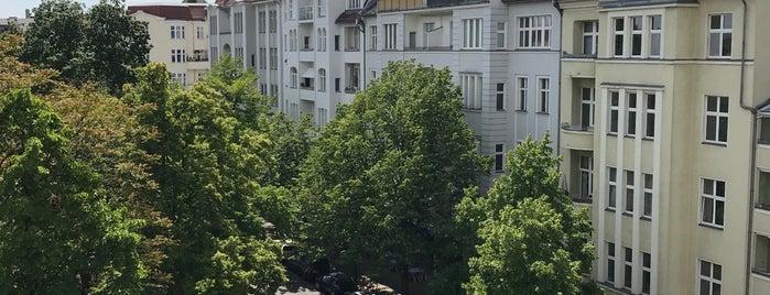 Schöneberg is one of Orte, die Cristi gefallen.
