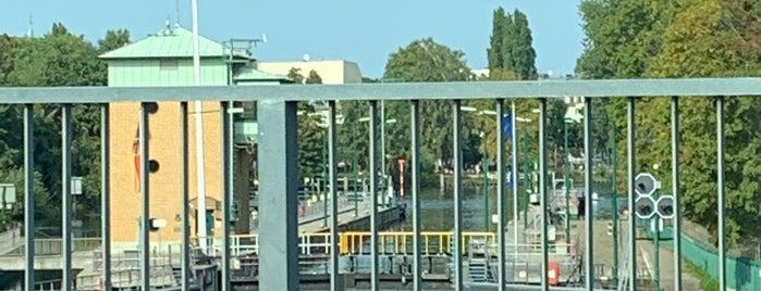 Zitadellenwehr is one of Berlin Spandau.
