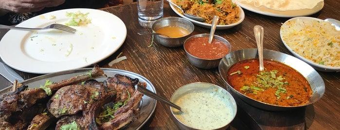 Lahore Restaurant is one of Lieux qui ont plu à R.
