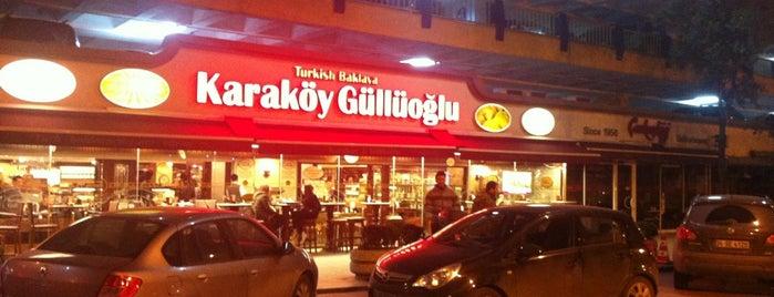 Karaköy Güllüoğlu is one of Bar, Restoran, Kafe.