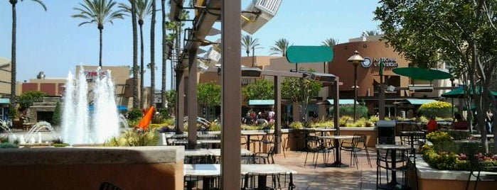 Long Beach Towne Center is one of Rachel'in Beğendiği Mekanlar.