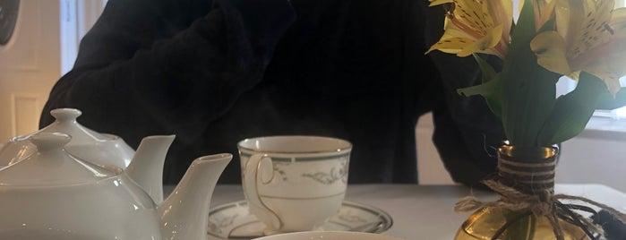 Potpourri of Silk is one of Breanna'nın Kaydettiği Mekanlar.