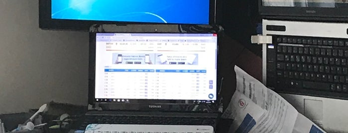 Toshiba Notebook Yetkili Servisi Compunet is one of Ümit : понравившиеся места.