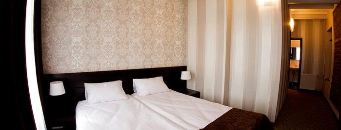 Alphabet Hotel is one of Kesena'nın Kaydettiği Mekanlar.