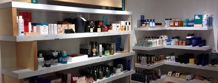 Birchbox is one of [NY] Gourmets & Shops.