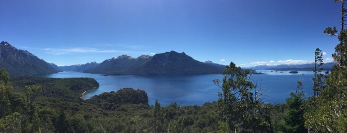 Intendencia del Parque Nacional Nahuel Huapi is one of Bariloche 2016.