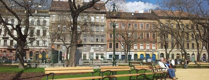 Hunyadi tér is one of Budapeste (Hungria).