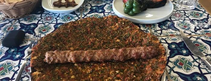 Lezzet-i Şark Gusto is one of Lezzet Noktaları (İstanbul).