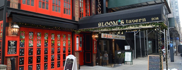 Blooms Tavern is one of G 님이 저장한 장소.