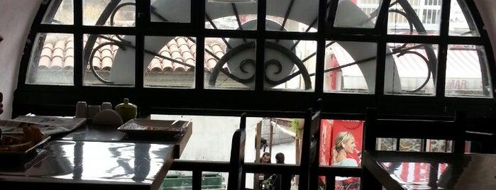 Simurg Cafe & Pastane is one of Tempat yang Disukai Saygın.