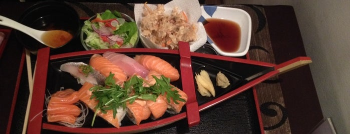 Tokyo Japanese Restaurant is one of Lugares favoritos de Francesco.