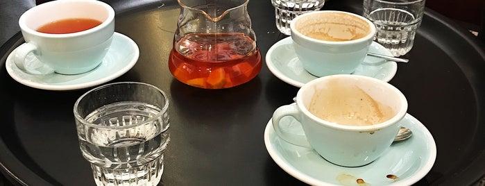 Coffeedesk is one of Orte, die Szymon gefallen.