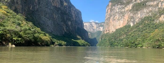 Rio De Grijalva is one of Ramón 님이 좋아한 장소.
