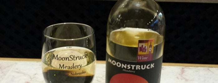 Moonstruck Meadery is one of Omaha pizzas - gf options.