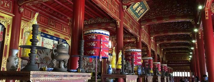 Thế Tổ Miếu is one of vietnam.