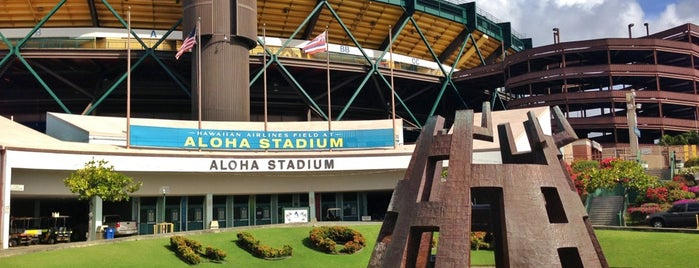 Aloha Stadium is one of Lugares favoritos de Jason.