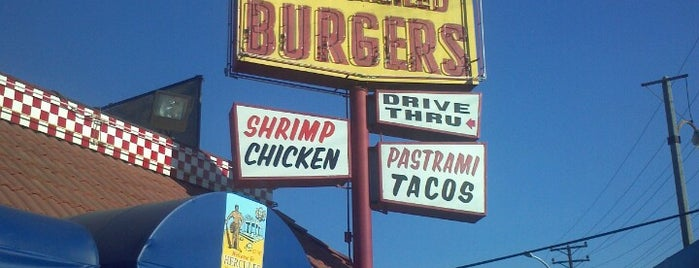 Hercules Char Broiled Burgers is one of Andreana 님이 저장한 장소.