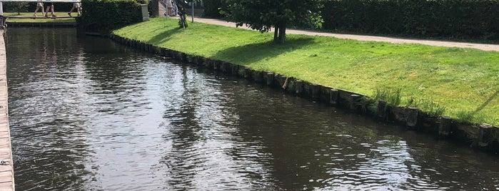 Giethroon is one of 🇳🇱 Amsterdam & Volendam & Marken.