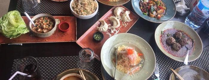 Tom Yum Cafe & Restaurant is one of Posti salvati di Maisoon.