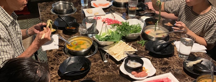 99°C Hot Pot is one of Montaign 님이 좋아한 장소.