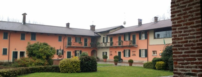 Agriturismo La barcella is one of 4 Ristoranti.