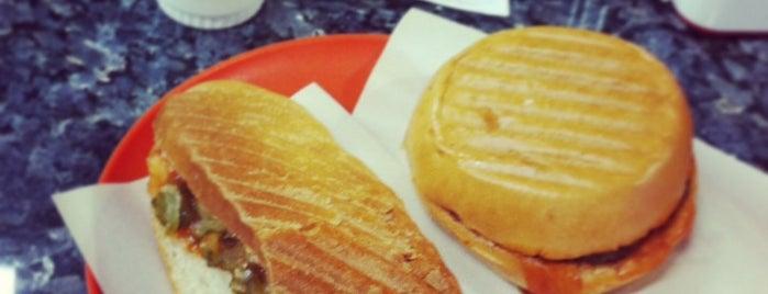 Piknik Hamburger is one of Gourmet!.