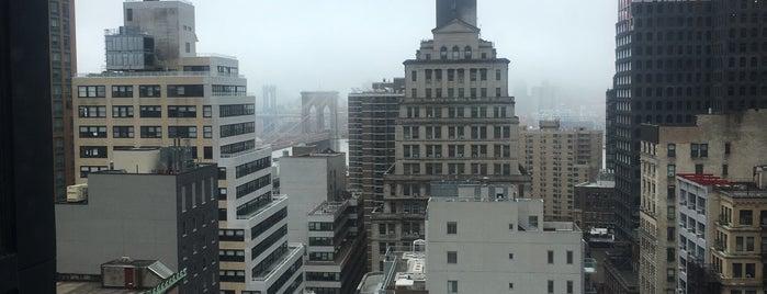 Moxy NYC Downtown is one of Orte, die N gefallen.