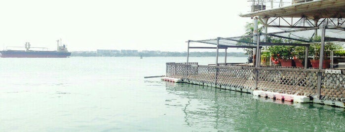 Smith Marine Floating Restaurant is one of Singapore Casual Eating.
