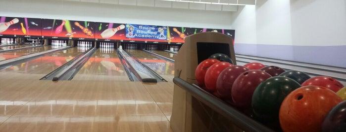 Space Bowling is one of Orte, die Natalia gefallen.
