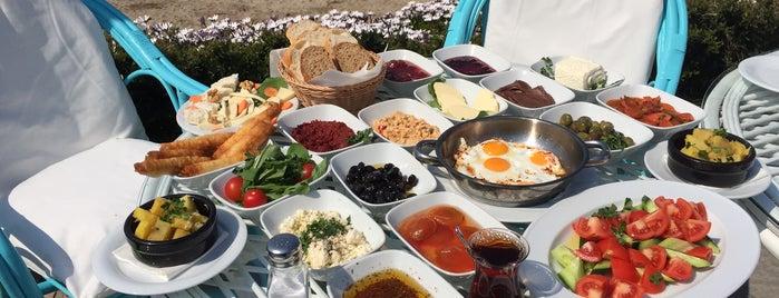 Ladies Beach Hotel & Restaurant is one of Kuşadası.