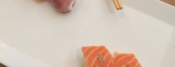 SUGARFISH by sushi nozawa is one of Locais curtidos por Dominic.