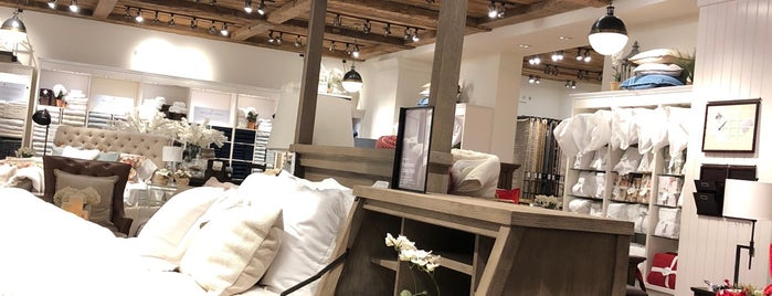 Pottery Barn is one of Posti che sono piaciuti a Shank.